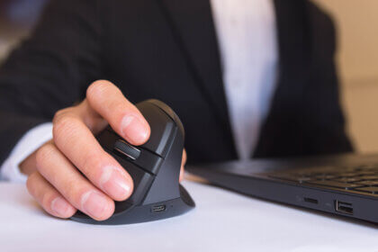 Nonsurgical Treatment for Carpal Tunnel Syndrome