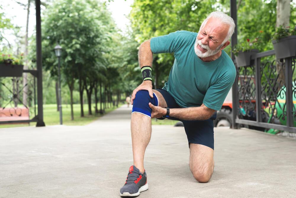 Throbbing Knee Pain